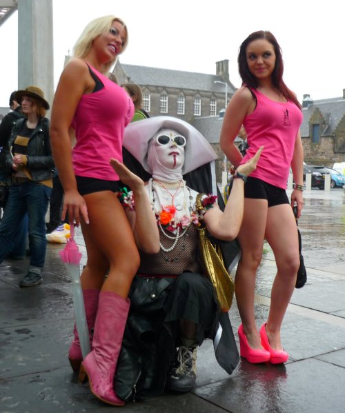 Slutwalk Edinburgh 2012: Nun in pinks