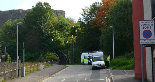 Police vans at Viewcraig