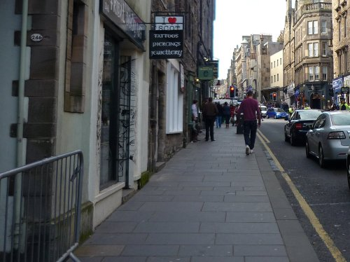One of the barriers to the Canongate closes