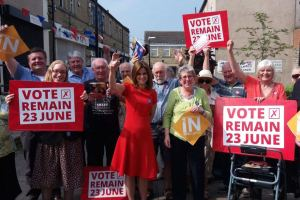 Jo Cox, Labour MP, campaigning for Remain
